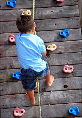 Head Start Body Start pic climbing wall