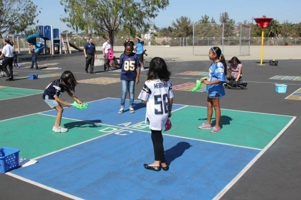 benefits of recess in high school Around the country, schools have been lowering the amount of time set aside for recess, or even eliminating it entirely the benefits of recess are being neglected in favor of academic.